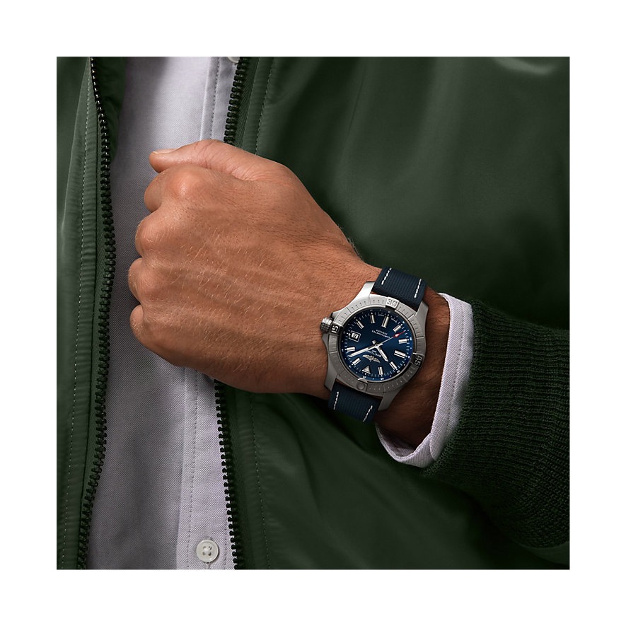 Breitling Herrenuhr Avenger Automatic 43 A17318101C1X1