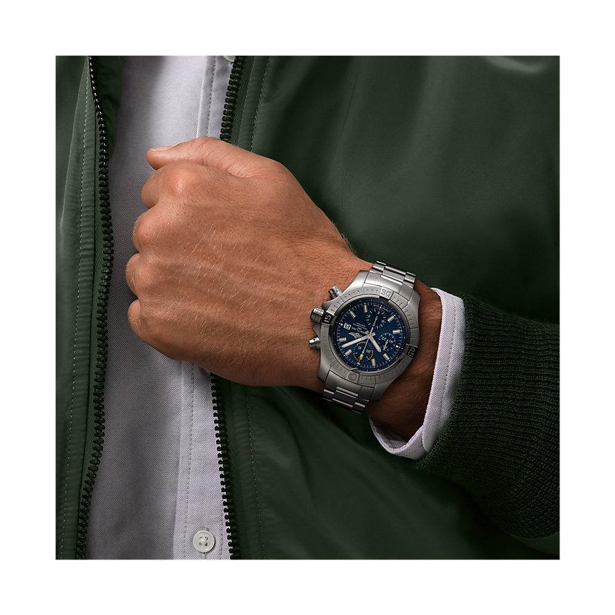 Breitling Herrenuhr Avenger Chronograph 45 A13317101C1A1
