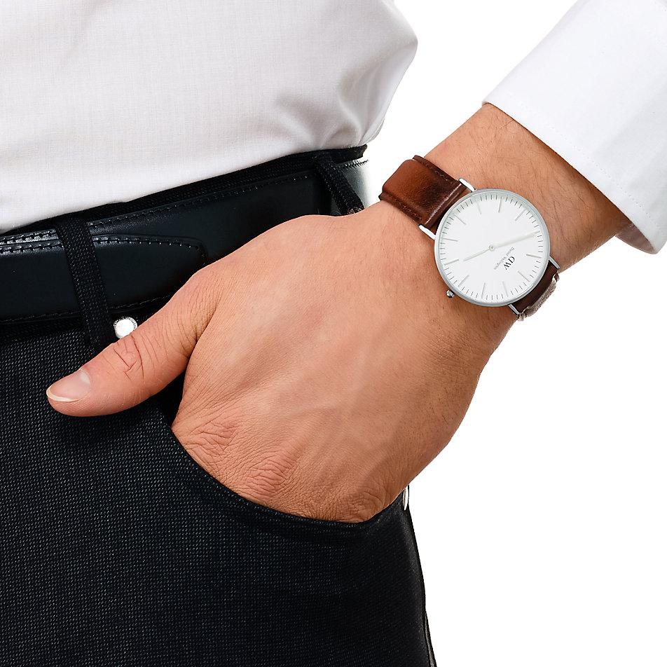 Armbanduhr am arm herren  Daniel Wellington Herrenuhr 0207DW bei CHRIST online kaufen